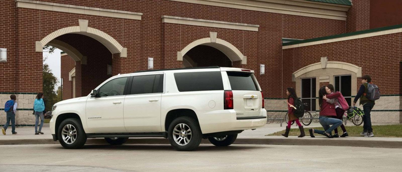 Suburban 2017 chevy suburban : 2017 Chevrolet Suburban Impresses Flint and Grand Blanc, MI