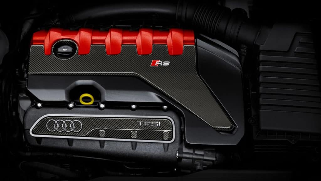 2018 Audi TT RS - Engine