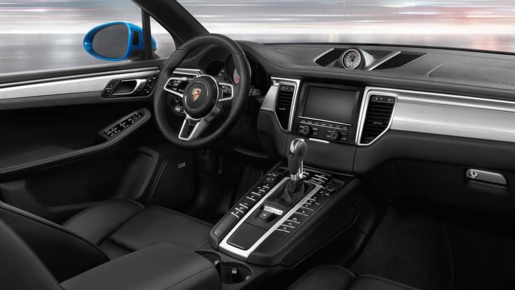 2018 Porsche Macan - Technology