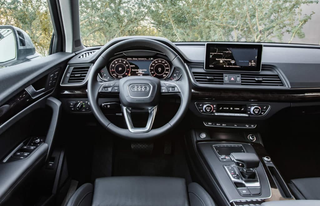 Cockpit of the 2018 Audi Q5