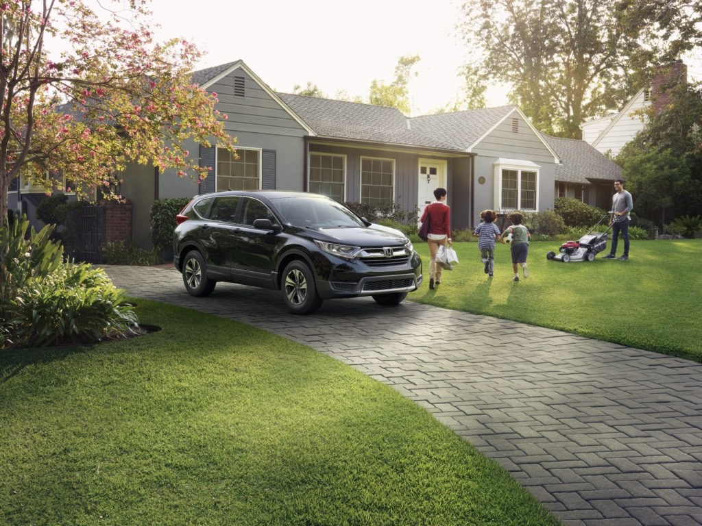 Honda CR V With Family