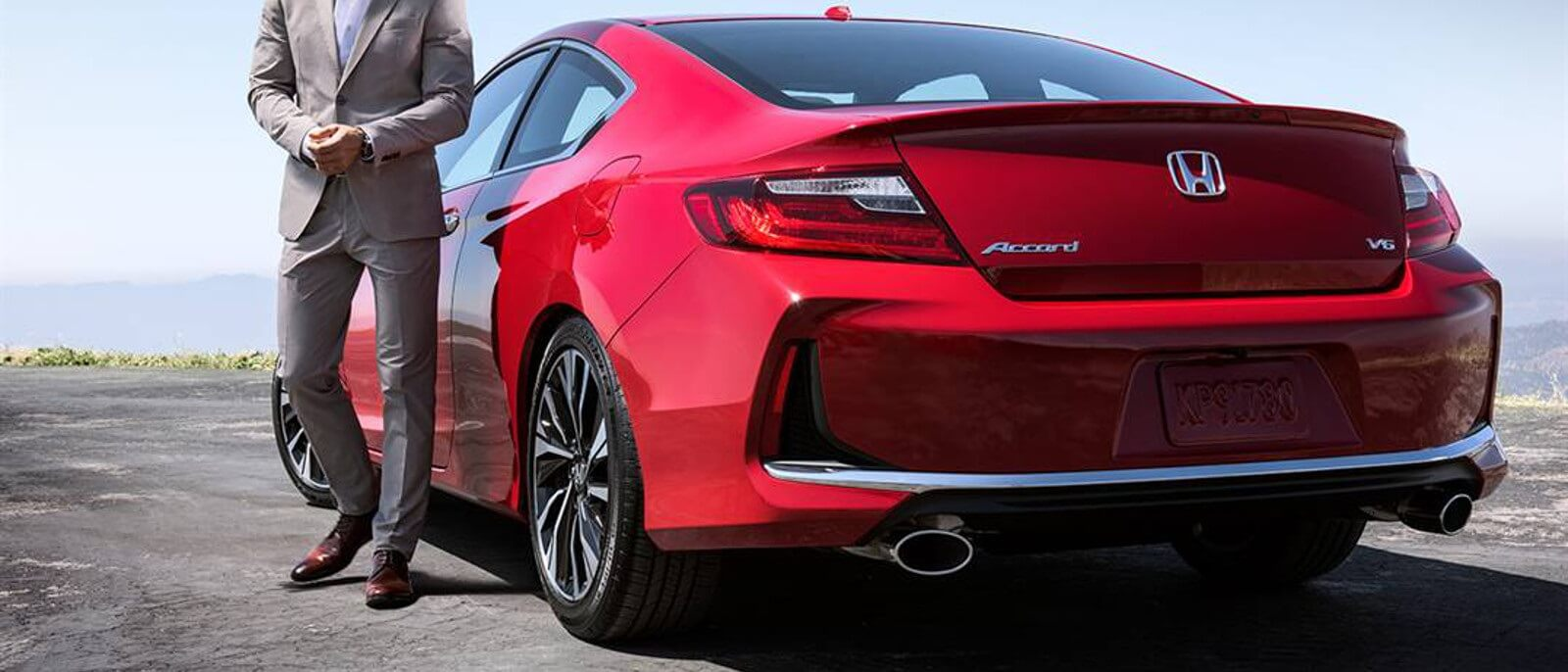 2016 Honda Accord Coupe in red