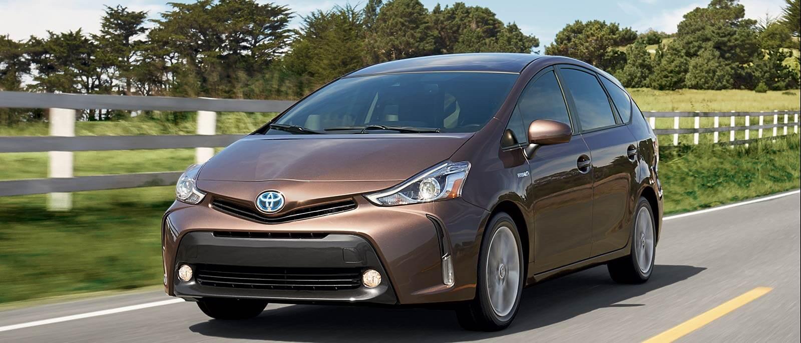 2017-Toyota-Prius-V Driving