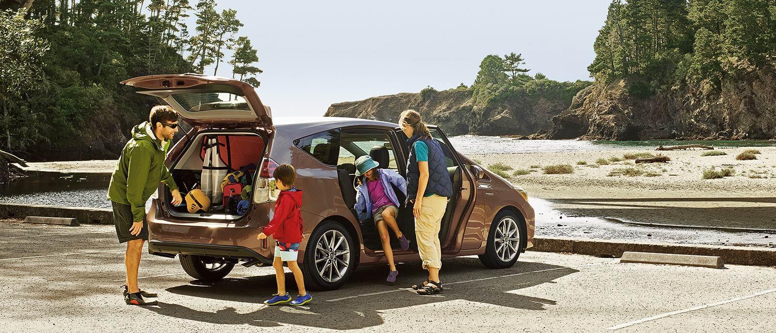 2017-Toyota-Prius-V Family
