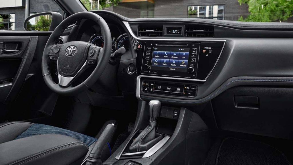2017 Toyota Corolla Dash