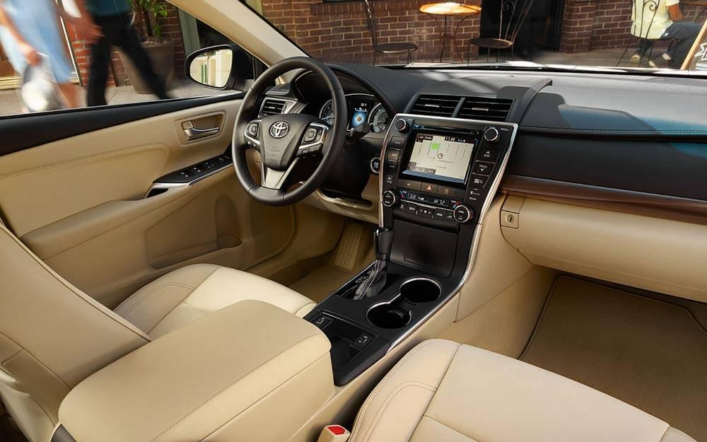 2017 Toyota Camry Front Seat
