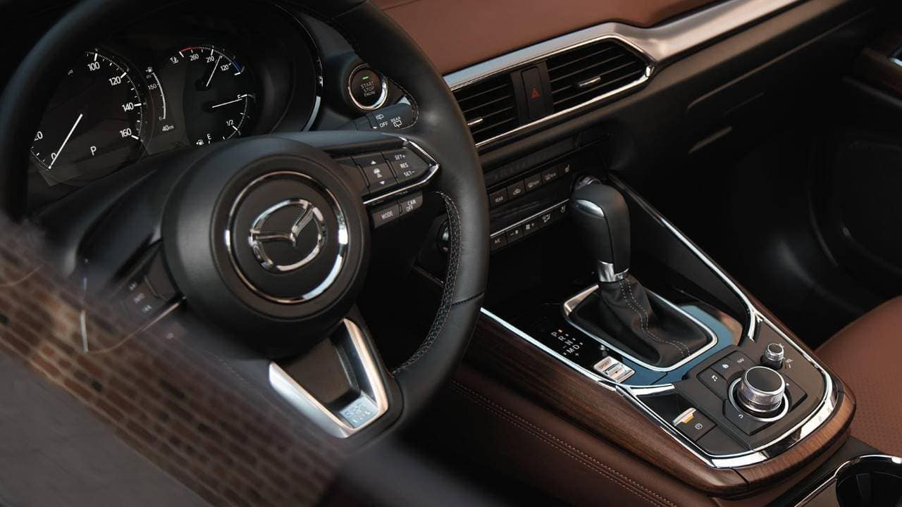 2019 Mazda CX-9 dash and center console