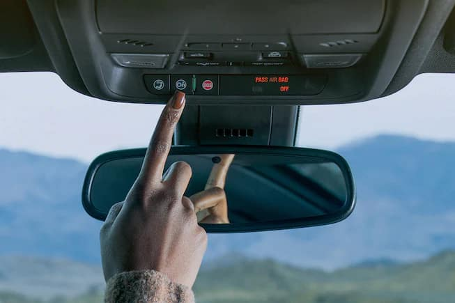 Chevy OnStar Safety and Security Image