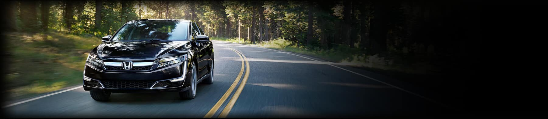 Honda Clarity Plug-in Hybrid Awards Hero Image
