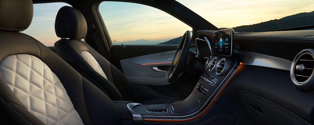 2020 Mercedes-Benz GLC front seats