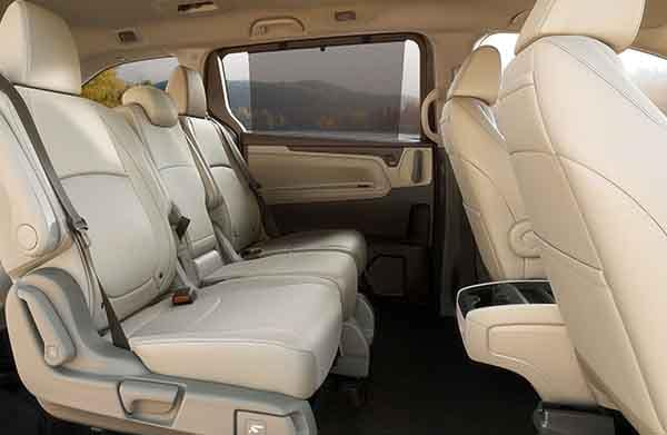 2018 Honda Odyssey Rear Seating with sunshades